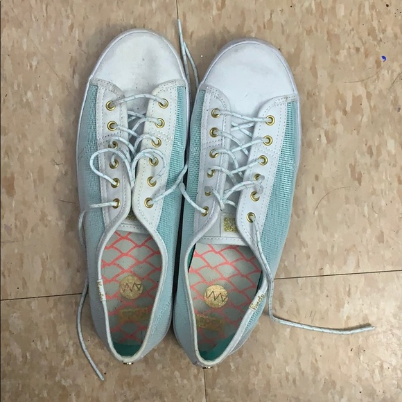 Super cute green and white sneakers
